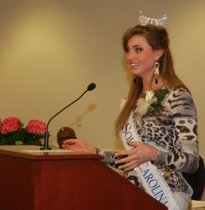 Miss SC spoke to the attendees about the dangers of texting while driving.